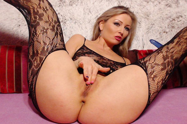 willige cam frau zeigt versaute livesex shows